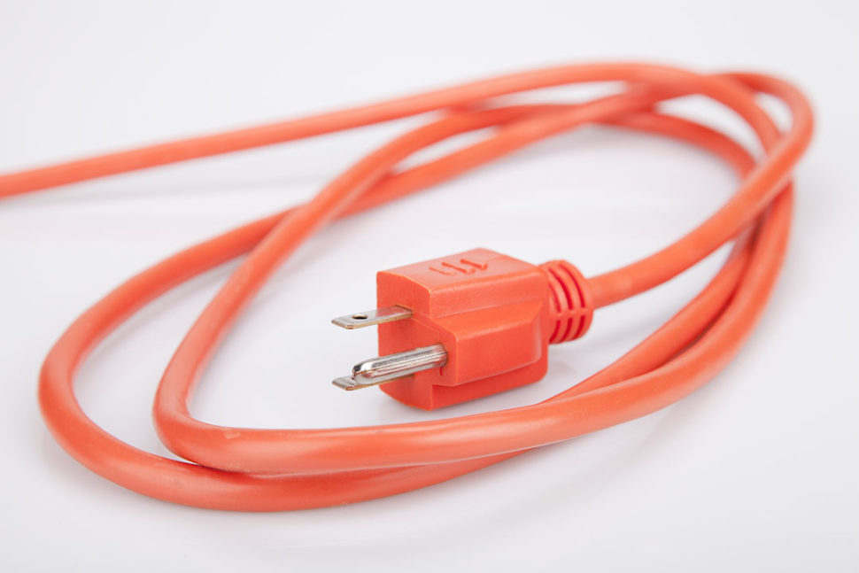 Ground prong extension cord