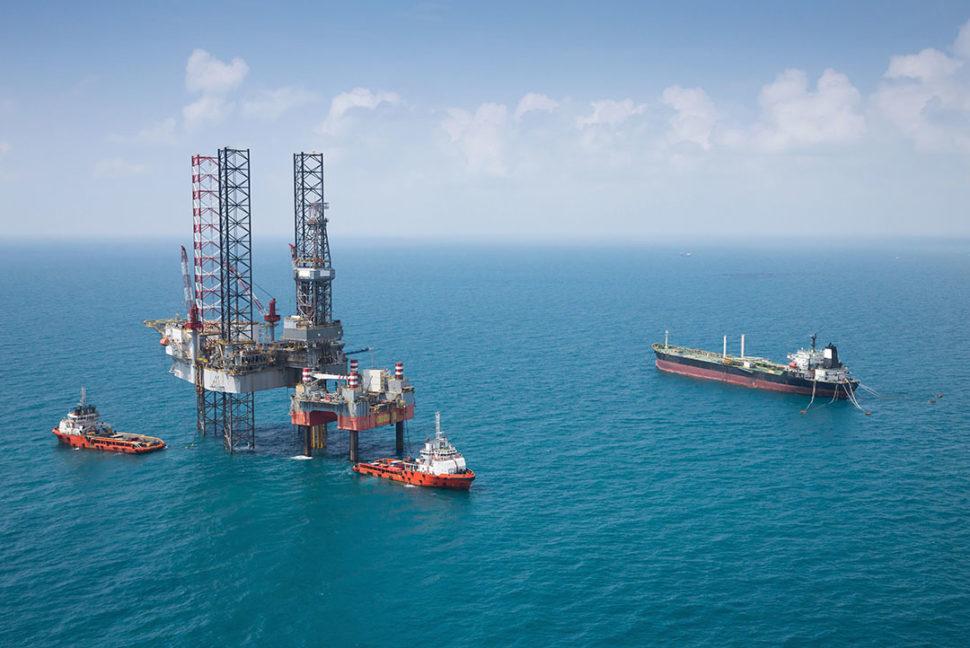 Offshore oil rig handling oil