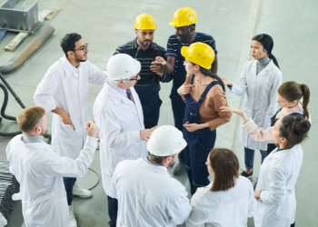 Group safety meeting in factory